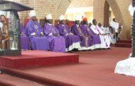Mgr Donatien Bafuidinsoni : « Cette mort atroce nous renvoie (à) l'image de notre propre société, de notre propre pays. »